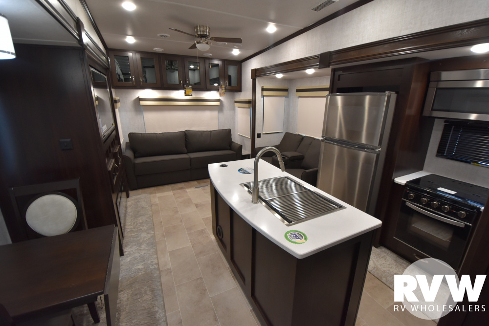 Click here to see the New 2021 Columbus 378MBC Fifth Wheel by Palomino at RVWholesalers.com