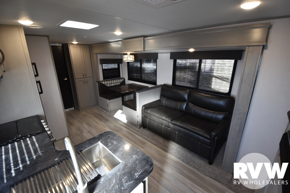 Click here to see the New 2021 Tracer 29QBD Travel Trailer by Prime Time at RVWholesalers.com