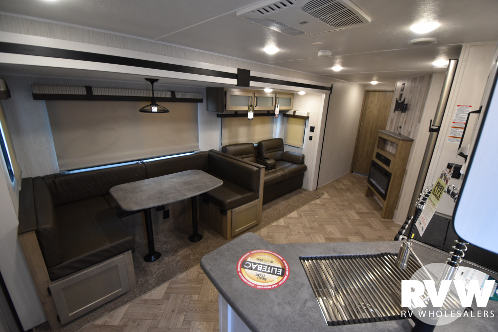 Click here to see the New 2021 Puma 28BHSS Travel Trailer by Palomino at RVWholesalers.com