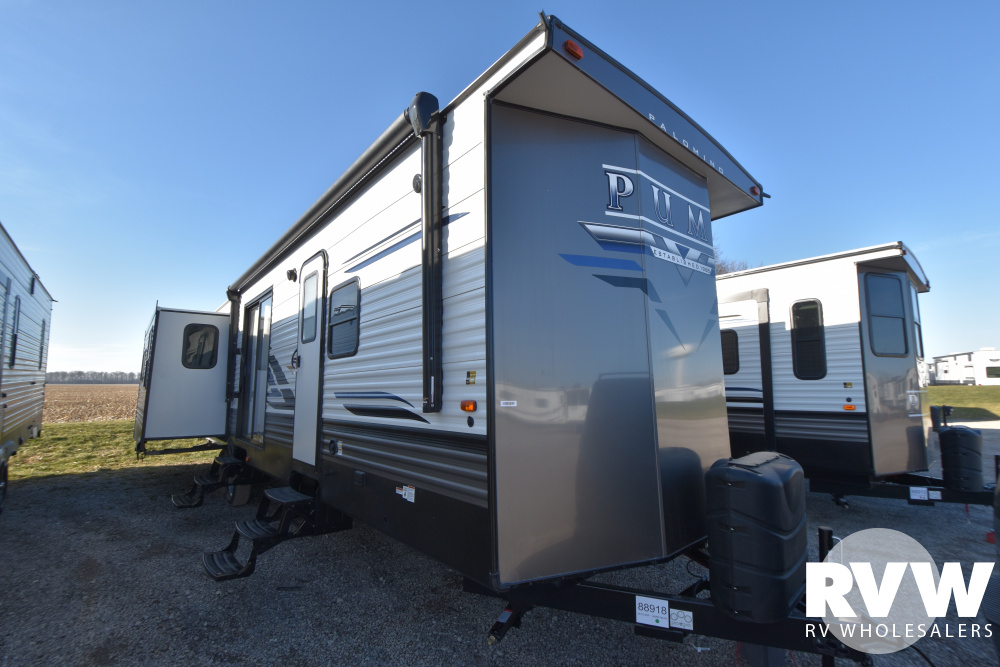 Click here to see the New 2021 Puma Park 38RLQ Park Trailer by Palomino at RVWholesalers.com
