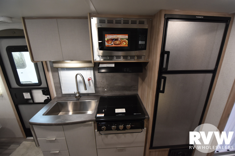 Click here to see the New 2021 Winnebago Micro Minnie 2108FBS Travel Trailer by Winnebago at RVWholesalers.com