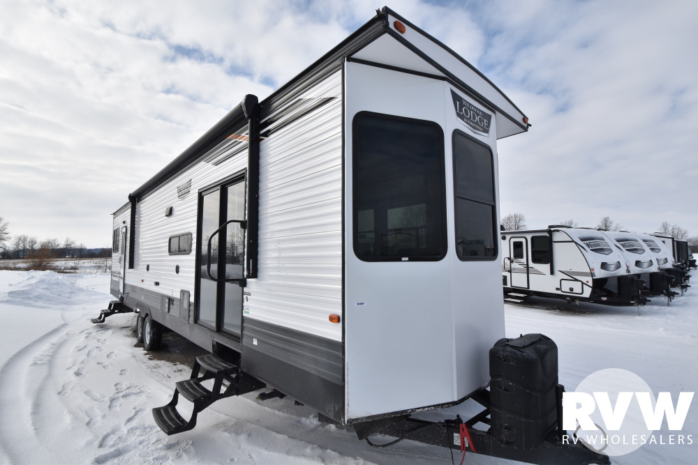 Click here to see the New 2021 Wildwood Lodge 40FDEN Park Trailer by Forest River at RVWholesalers.com