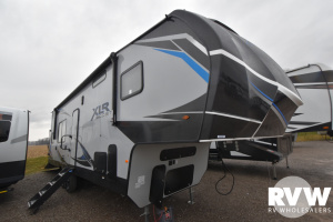 2021 Forest River XLR Boost 32RZR14 Toy Hauler Fifth Wheel: image 1