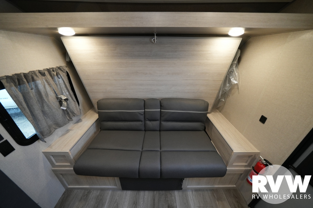 Click here to see the New 2022 Catalina Summit 7 184BHS Travel Trailer by Coachmen at RVWholesalers.com