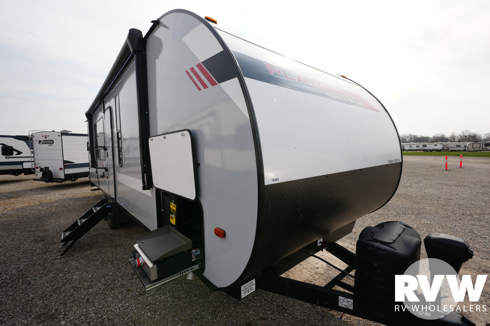 Click here to see the New 2021 Wildwood FSX 270RTK Toy Hauler Travel Trailer by Forest River at RVWholesalers.com
