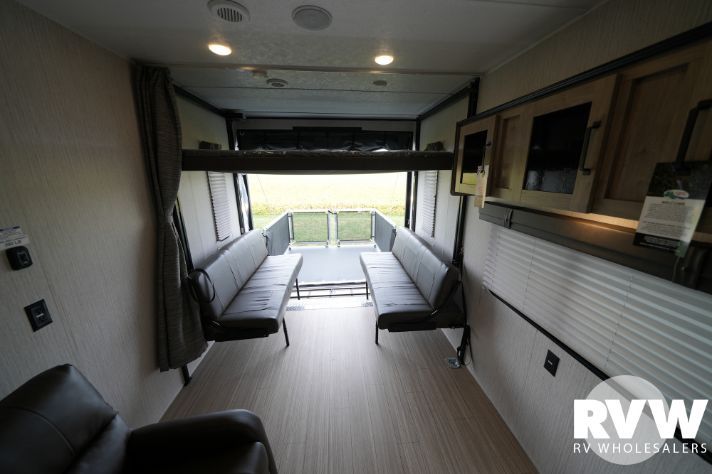 Click here to see the New 2022 Puma XLE 27QBC Toy Hauler Travel Trailer by Palomino at RVWholesalers.com
