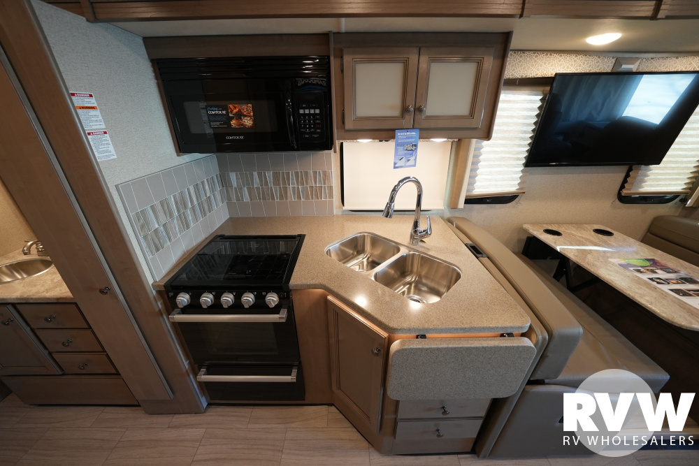 Click here to see the New 2021 Windsport 31C Class A Motorhome by Thor at RVWholesalers.com