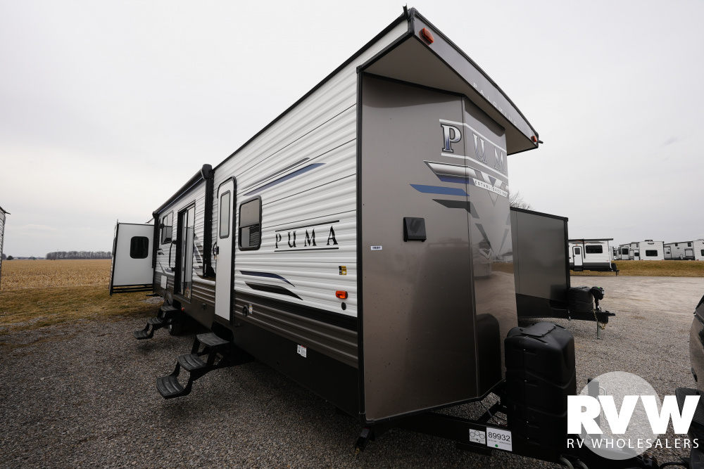 Click here to see the New 2021 Puma Park 38DEN Park Trailer by Palomino at RVWholesalers.com