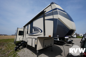 2022 Forest River Sandpiper Luxury Fifth Wheel 321RL Fifth Wheel: image 1
