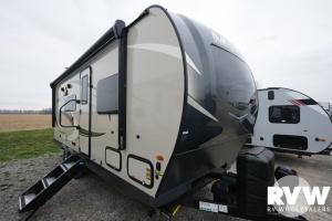 2022 Forest River Rockwood Mini Lite 2204S Travel Trailer: image 1