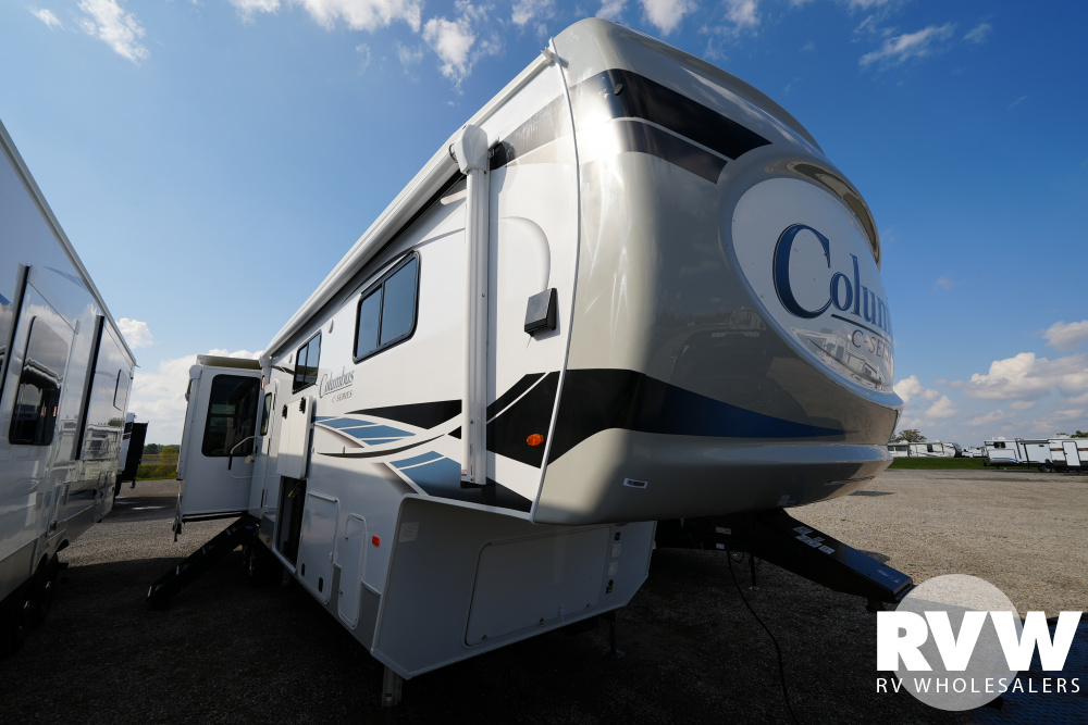 Click here to see the New 2022 Columbus 378MBC Fifth Wheel by Palomino at RVWholesalers.com