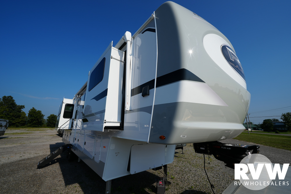Click here to see the New 2021 Columbus River Ranch 390RL Fifth Wheel by Palomino at RVWholesalers.com