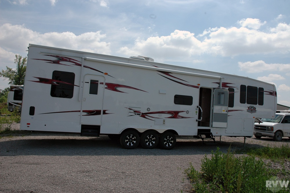 2011 Forest River XLR 37X12SA Toy Hauler Fifth Wheel | The ...