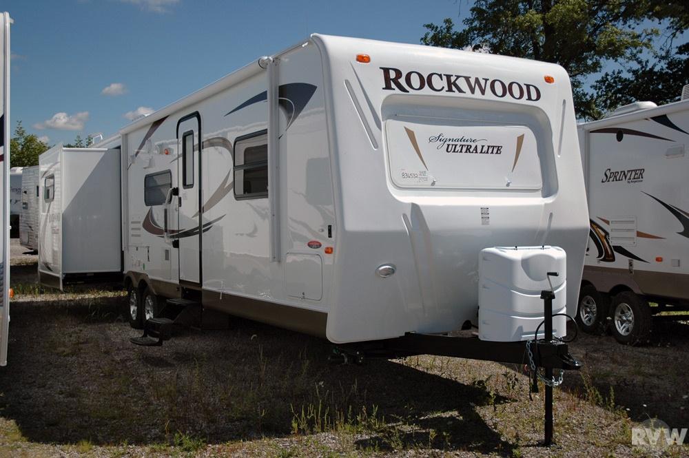 Rockwood Signature Ultra Lite Travel Trailer