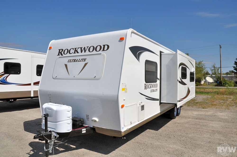 additionally Maxresdefault also  in addition T Fourwinds T Rbgs additionally Wscrack. on 2011 four winds travel trailer