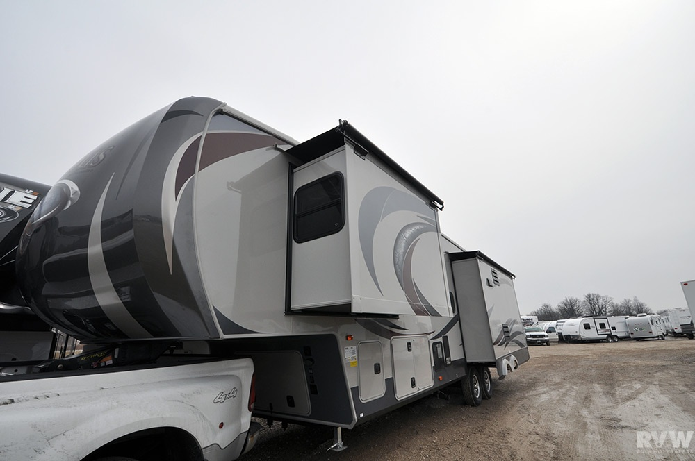 2013 Palomino Columbus 320rs Fifth Wheel The Real