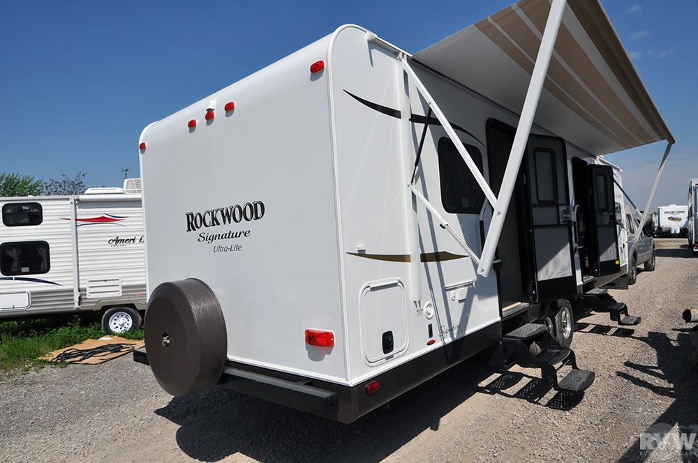 2014 Forest River Rockwood Signature Ultra Lite 8315bss