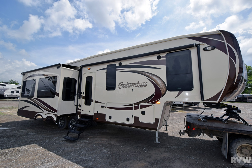 2015 Palomino Columbus 340rk Fifth Wheel The Real