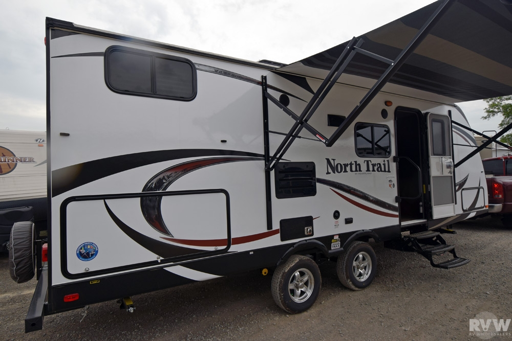 2015 Heartland Rv North Trail 24bhs Travel Trailer The