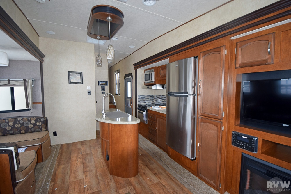 2015 Forest River Heritage Glen 368rlbh Fifth Wheel The