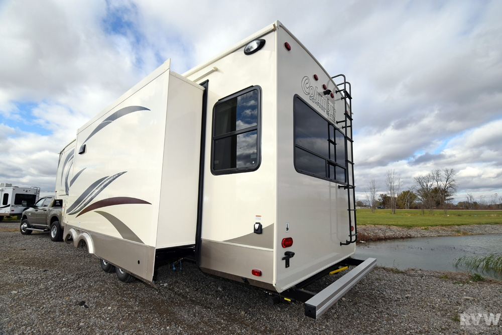New Manufacturers Depend On Wholesalers To Provide Even Service Facilities To RV Owners RVs Do Cost A Lot And Just In Case You Are Looking For A Used RV, There Are Wholesalers Doing Just That, As There Are Wholesalers For Used RVs Too With