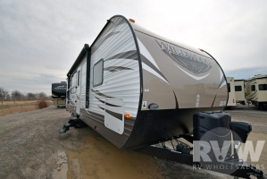 2016 Wildwood 27RKSS by Forest River